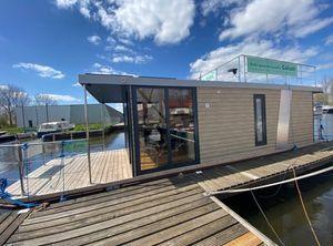2021 Campi 340 Houseboat