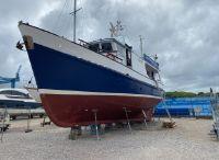 1968 Custom Malahide 17.7 Motor Yacht