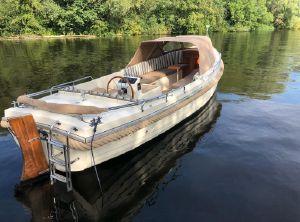 2006 Interboat 25 semi cabin