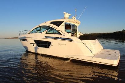 2018 53' 7'' Cruisers Yachts-54 Cantius Lewisville, TX, US