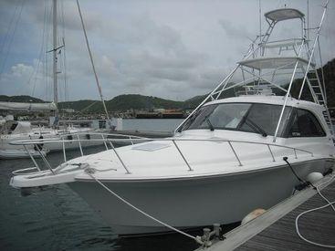 2013 44' 7'' Cabo-44 Hardtop Express MF