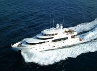 2022 Johnson 110 Motor Yacht
