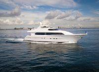 2000 Lazzara Yachts Motor Yacht