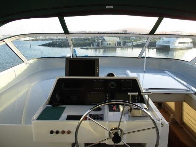1999-65-pacific-mariner-65-motoryacht