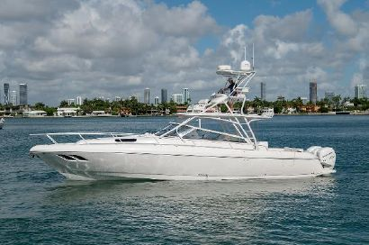 2018 43' Intrepid-430 Sport Yacht Miami Beach, FL, US