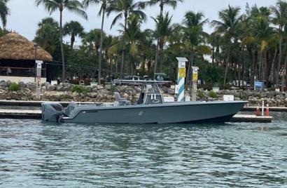 2014 39' Contender-39 ST MIAMI, FL, US