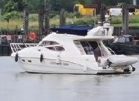 2007 Sealine F42/5