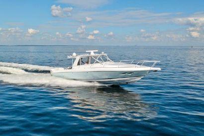 2010 39' Intrepid-39 Sport Yacht Saint Petersburg, FL, US