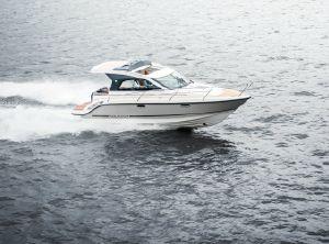 2021 Aquador 30 ST
