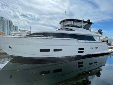 2017 75' Hatteras-M75 Fort Lauderdale, FL, US
