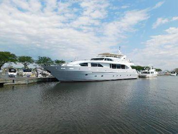 2001 95' Intermarine-Motoryacht Grand Haven, MI, US