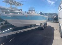2021 NauticStar 211 Hybrid