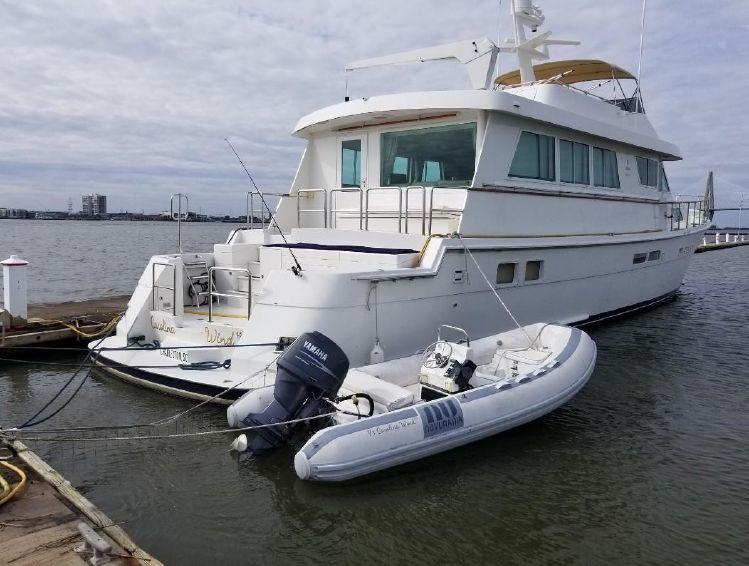 1989-78-hatteras-cockpit-motor-yacht