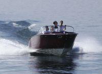 2022 Boesch 750 Portofino De Luxe