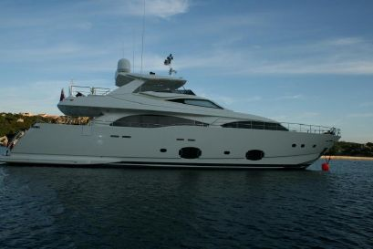 2009 97' Ferretti Yachts-Custom Line CL 97 ME