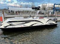 2014 Caravelle Razor 247 UR