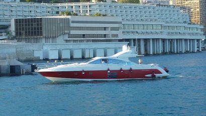 2005 68' Azimut-68S FR
