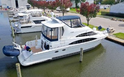 2003 44' Carver-444 Cockpit Motor Yacht Spring Lake, MI, US