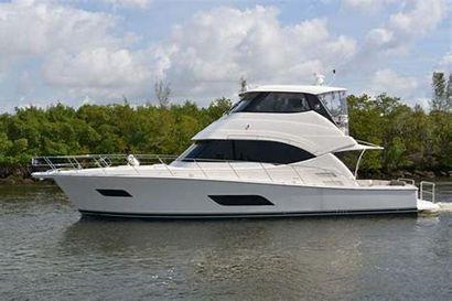 2016 52' Riviera-52 EB Miami, FL, US