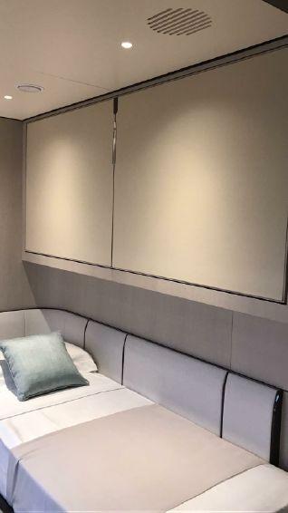 2019-114-10-azimut-grande-35-metri