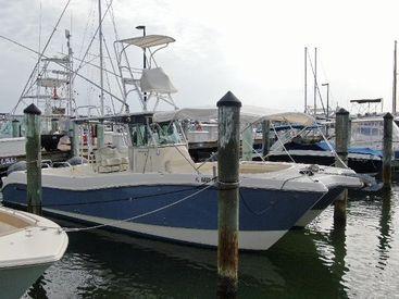 2014 32' 2'' World Cat-320 CC Sarasota, FL, US
