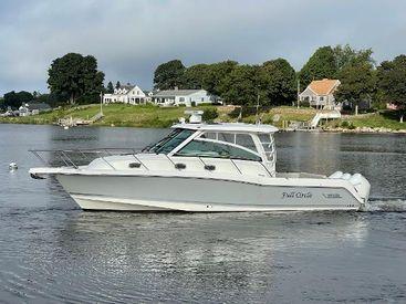 2019 35' 11'' Boston Whaler-345 Conquest Westerly, RI, US