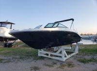 2021 Sea Ray SPX 210 HORS BORD